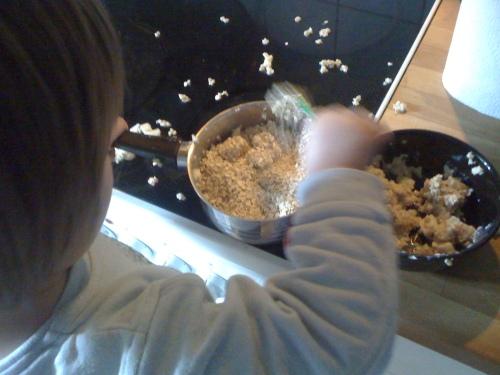 Frühstück machen mit Kind.