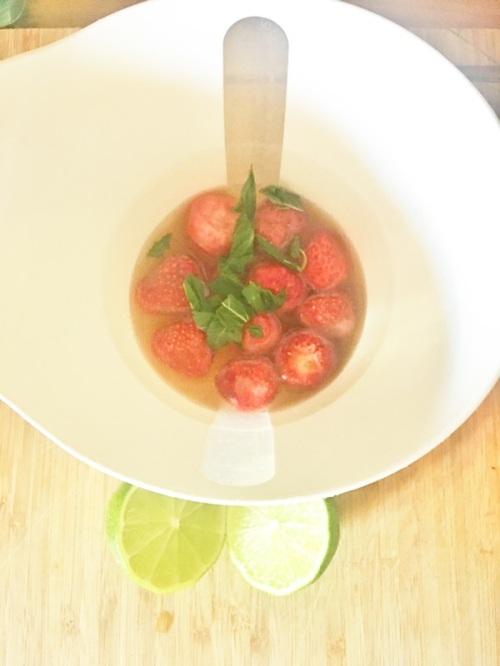 selbstgemachter Erdbeersmothie