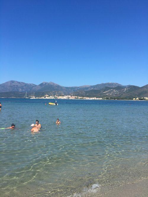 Der vermutlich kinderfreundlichste Strand auf Korsika:Plage de la Roya bei St. Florent