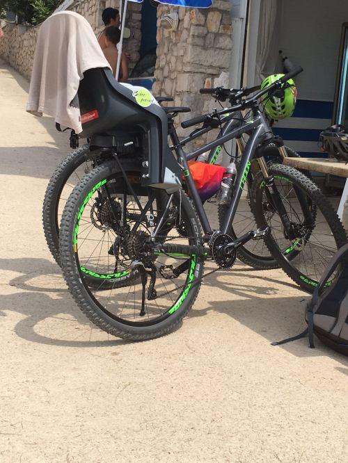 Auf dem Campingplatz gab es einen Fahrradverleih