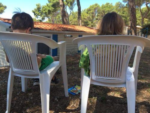 Kinder auf Campingplatz Poljana in Kroatien